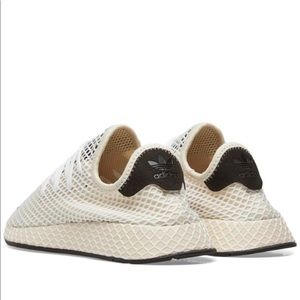 adidas Shoes - Adidas Deerupt Runner Women 7.5